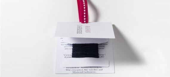 tag front view option yarn